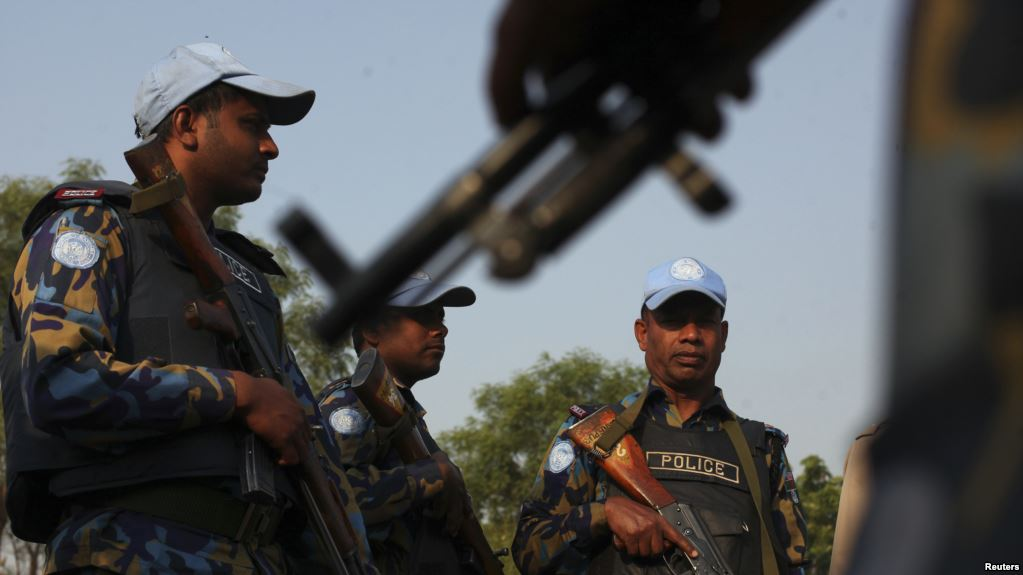 Des Casques bleus patrouillent dans les rues de Juba, au Soudan du sud, le 20 janvier 2014. Crédits : Reuters