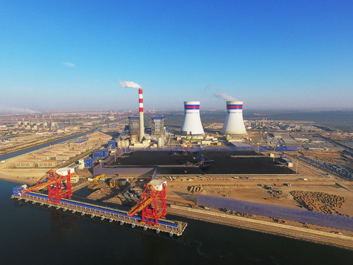 The first unit of Port Qasim Coal-fired Power Project, the first energy project under the cooperation framework of the China-Pakistan Economic Corridor (CPEC), starts generating power in Karachi, Pakistan, Nov. 29, 2017. (Photo from CFP)