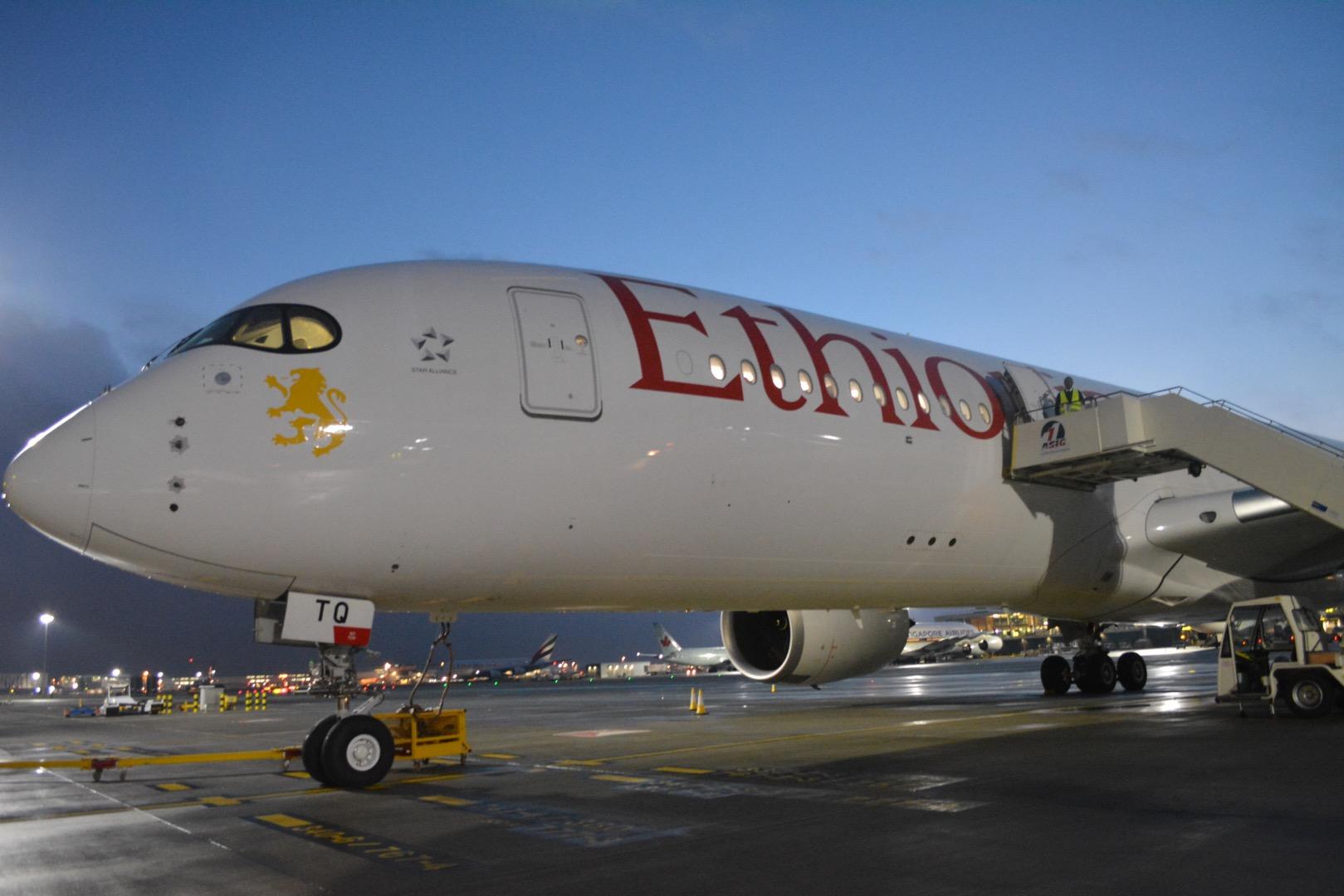 Un avion de la flotte d'Ethiopian Airlines immobilisé sur un tarmac. Crédits : DR