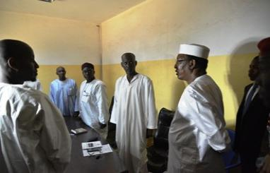 Visite inopinée du chef de l'Etat, Idriss Déby ce vendredi 18 août à la douane de N'Gueli.