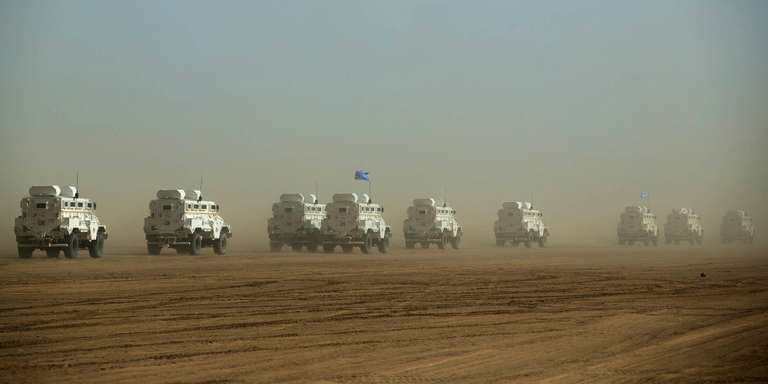 Un convoi de la Minusma, dans la région de Gao, au Mali, en février 2017. CRÉDITS : HANDOUT/REUTERS