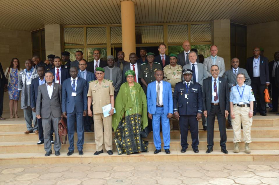 Les participants à un atelier à Niamey sur l'operationnalisation de la police du G5 Sahel. Crédits : G5 Sahel.