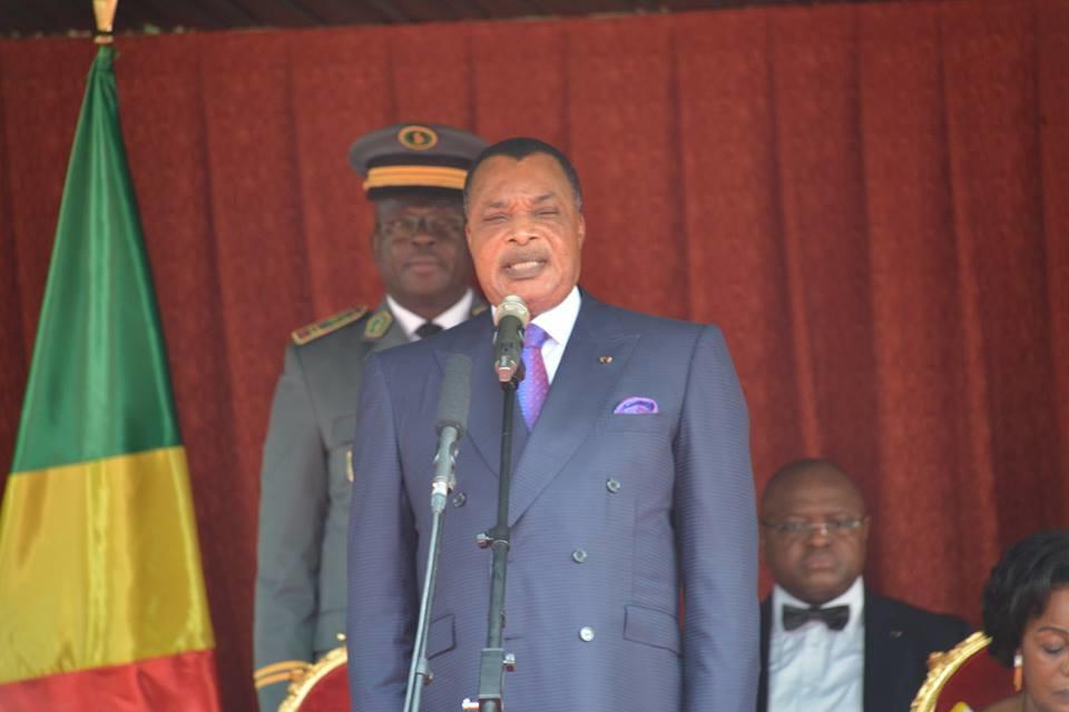Denis Sassou N'Guesso s'adressant à la force publique