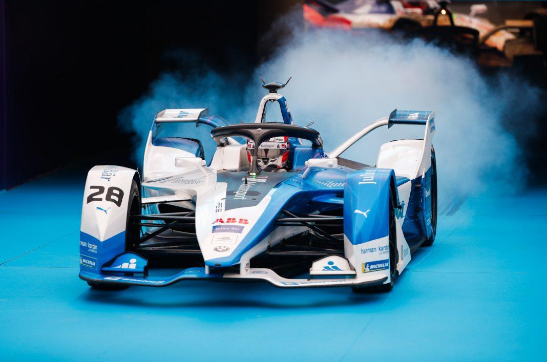 Le pilote portugais Felix da Costa a remporté l'ePrix de Dariya en Arabie Saoudite, la première course de Formule E (électrique) organisée au Moyen-Orient. (© Joe Portlock/Getty Images)