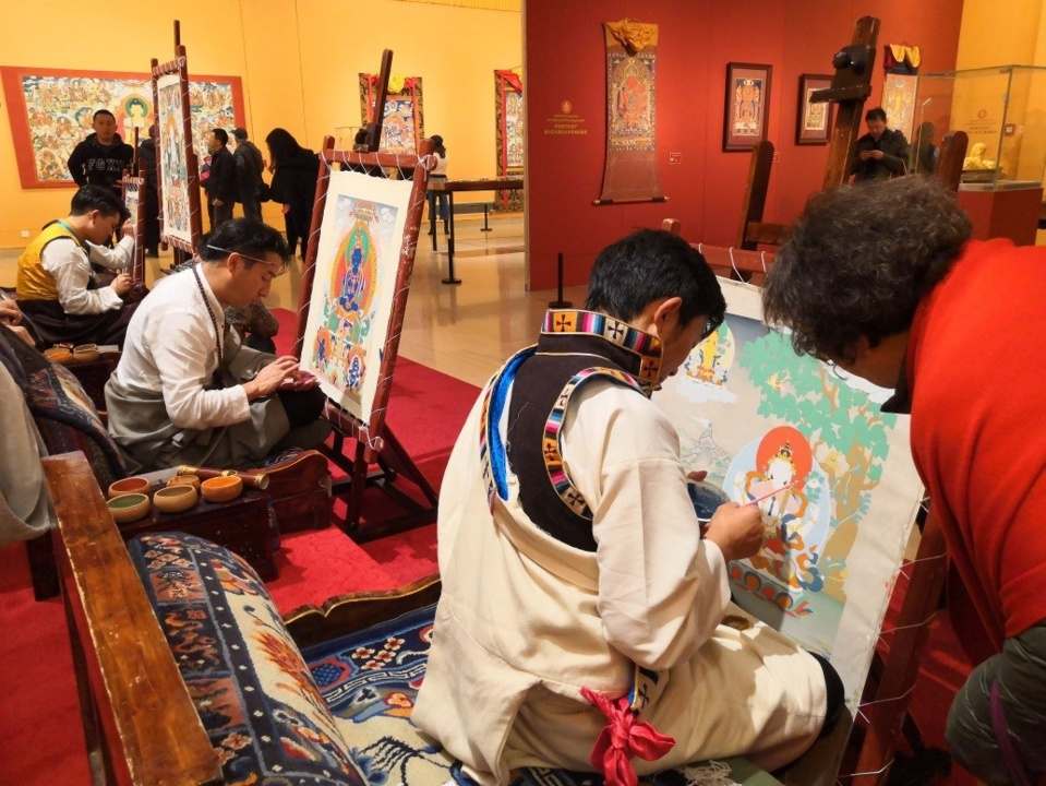 (On November 27, 2018, Beijing, China Thangka Art Exhibition was held at the National Art Museum of China.