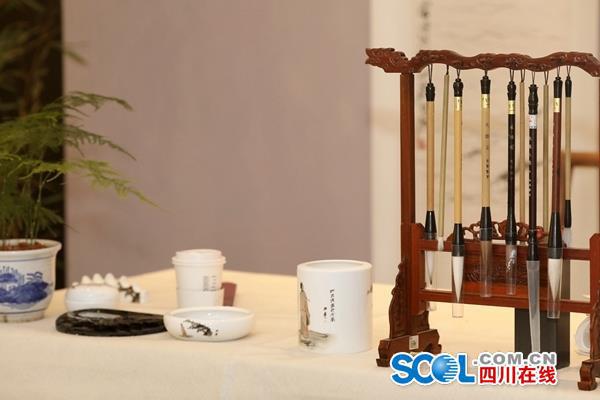 First Du Fu poetry-themed KFC restaurant opens in Chengdu