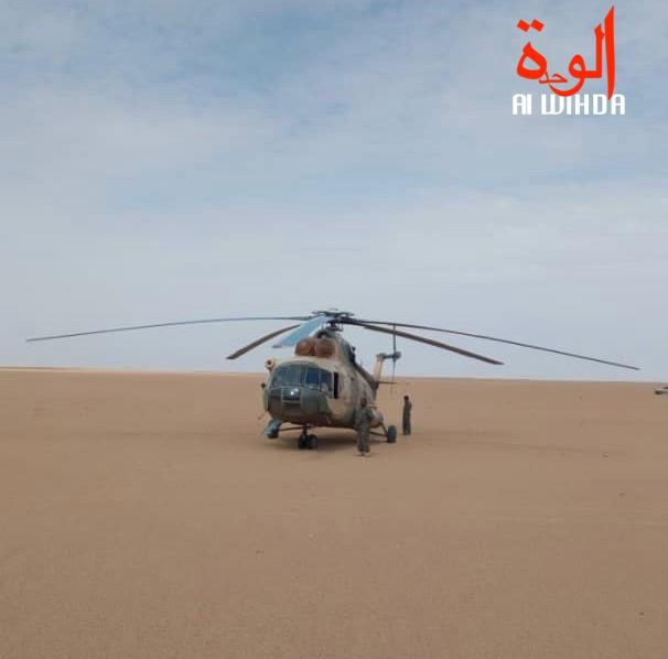 Un hélicoptère de l'armée au nord du Tchad. © Alwihda Info