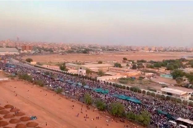 Manifestation à Khartoum, au Soudan, le 9 avril 2019. © Courtesy Sudan Congress Party / Reuters