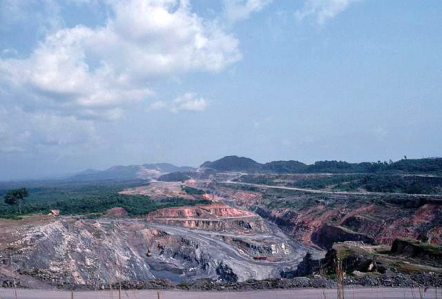 Mine de minerai de fer (Liberia). © DR