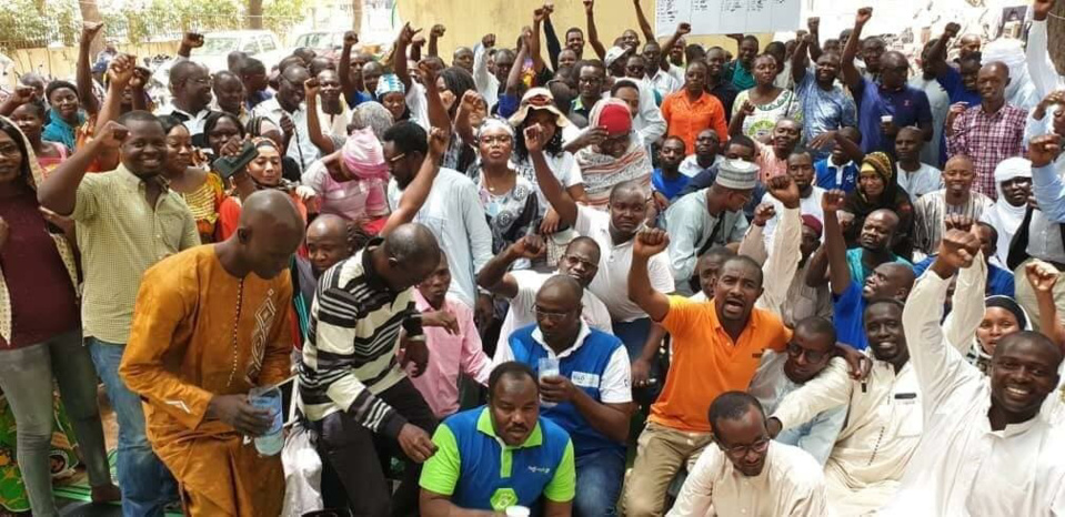 Les employés grévistes de Tigo Tchad. © DR