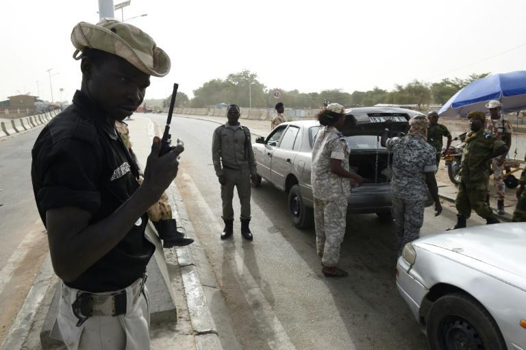 Des forces de sécurité au poste frontalier de N'Gueli au Tchad. © DR