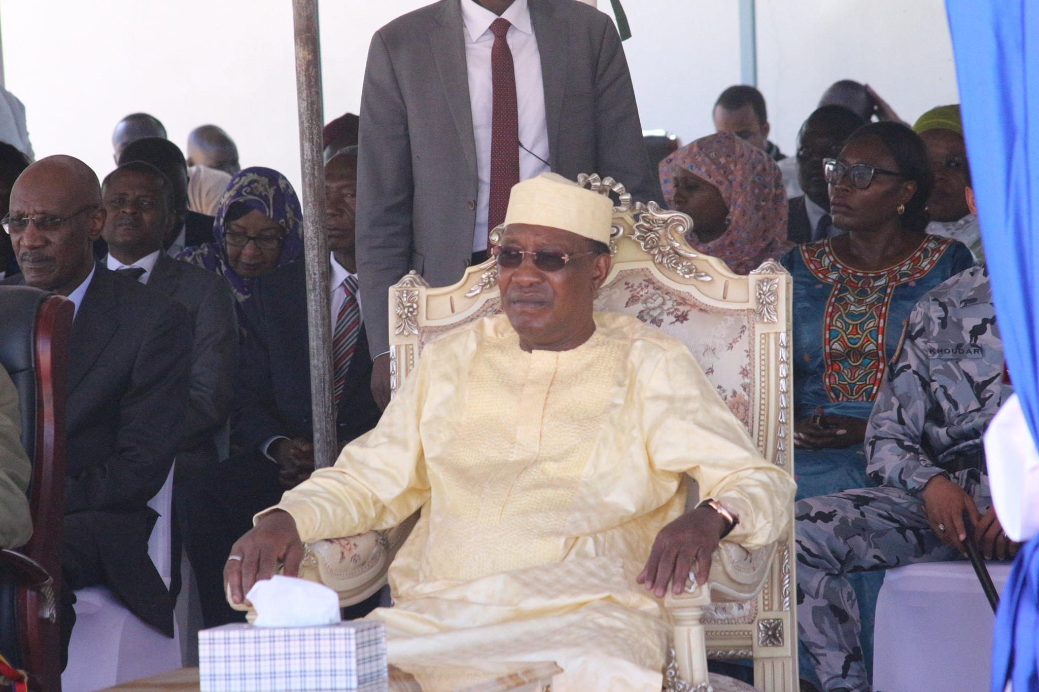 Tchad : Déby annonce la levée immédiate de la restriction des réseaux sociaux