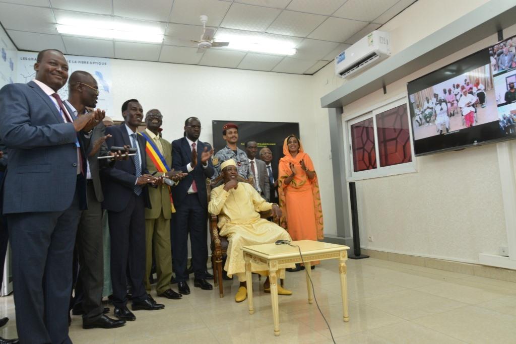 Tchad : le président échange avec des gouverneurs par visioconférence.