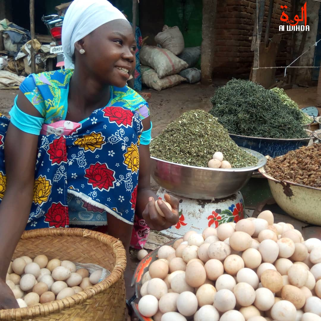 Une vendeuse au marché de Moundou. © Alwihda Info