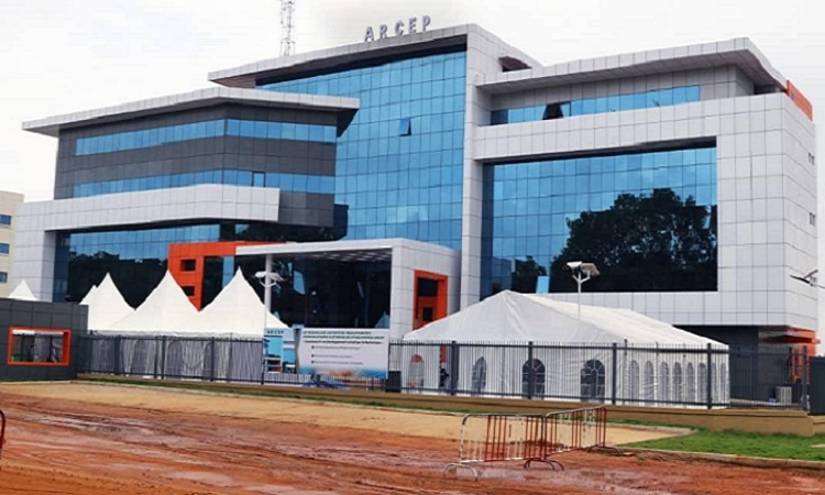 Togo : le nouveau siège de l'ARCEP inauguré à Lomé par le Premier ministre. © DR/TT