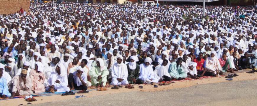 Illustration. Des fidèles musulmans au Tchad lors de la prière de l'Eid-el-Kébir en 2018. © Alwihda Info
