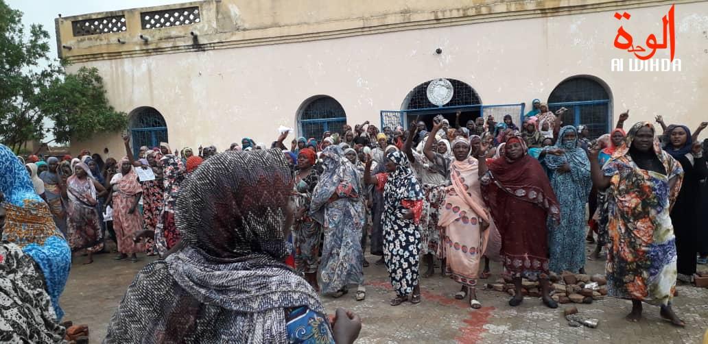 "Tchad : ""La Ilaha Illa Allah"", manifestation autour du Palais Royal d'Abéché. © Alwihda Info"