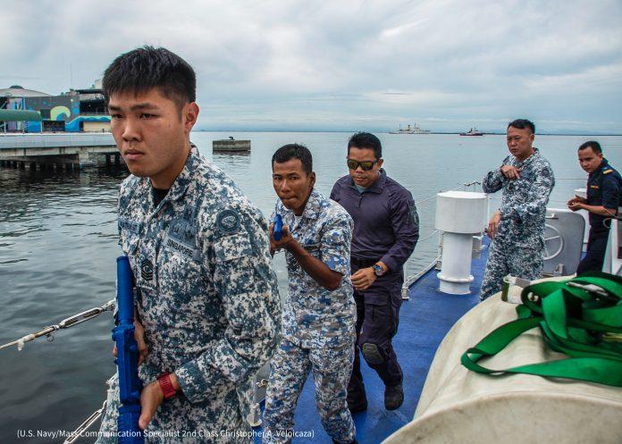 Des militaires de Singapour, de Thaïlande, de Malaisie et d'Indonésie lors de l'exercice SEACAT 2019 (U.S. Navy/Mass Communication Specialist 2nd Class Christopher A. Veloicaza)