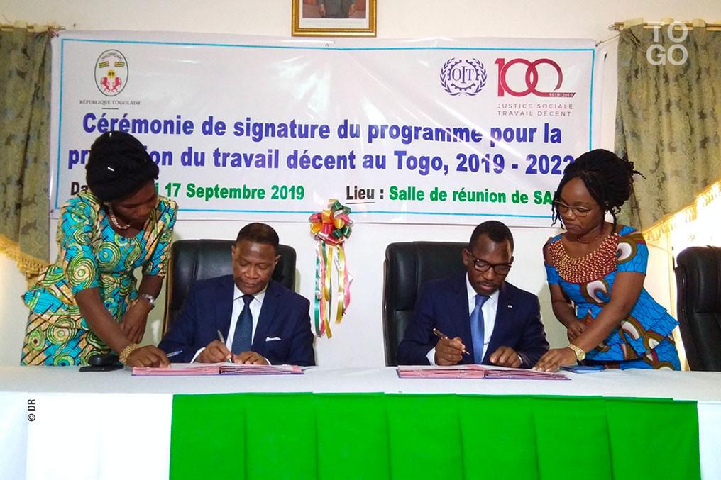 Le gouvernement et l'OIT signent un accord pour promouvoir l'emploi décent au Togo. ©DR/RT