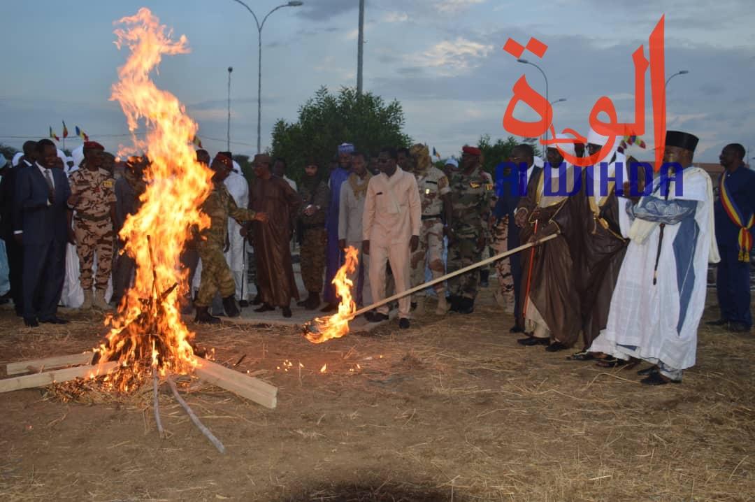 Tchad : plus de 2000 armes de guerre présentées au chef de l'Etat. © Alwihda Info