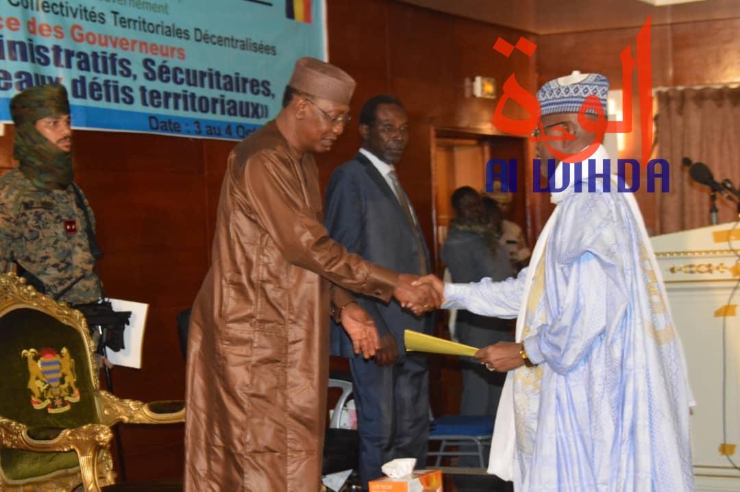 Tchad : Déby appelle à freiner la course à l'armement des civils.© Alwihda Info