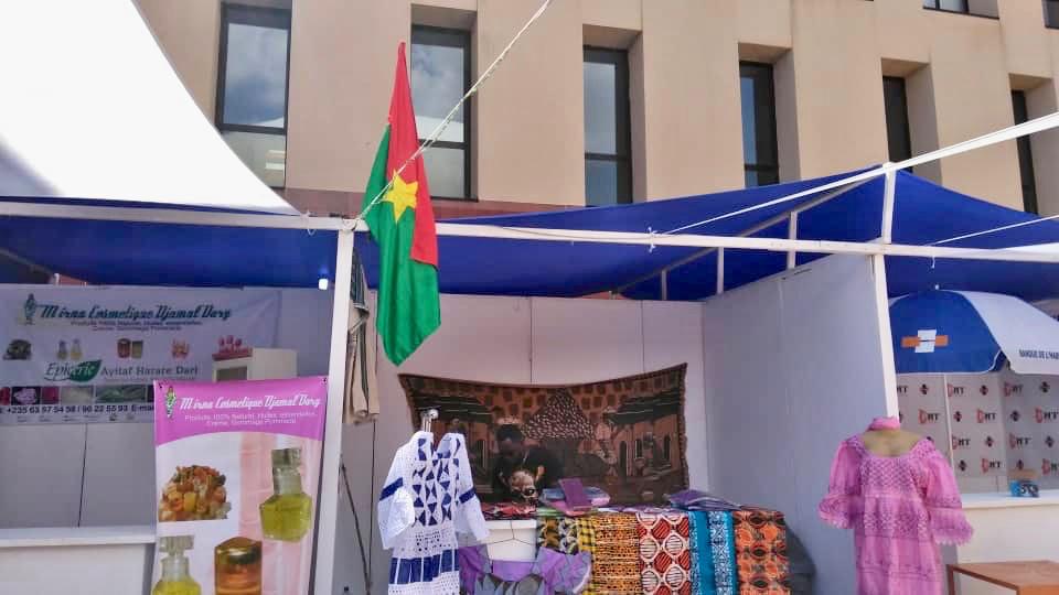 En images : préparatifs du Salon international de l'artisanat au Tchad