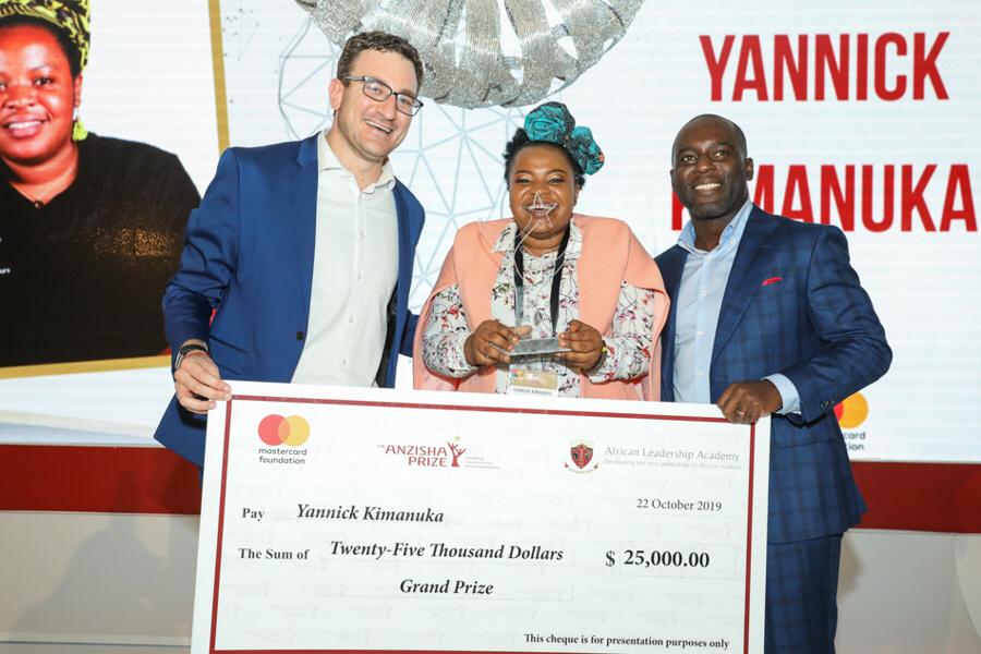 Une jeune congolaise lauréate d'un prix de 25.000 $