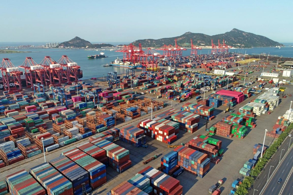 Aerial photo taken on August 30, 2019 shows Lianyungang Port in Lianyungang city, Jiangsu province. (Photo by Wang Jianmin/People's Daily Online)