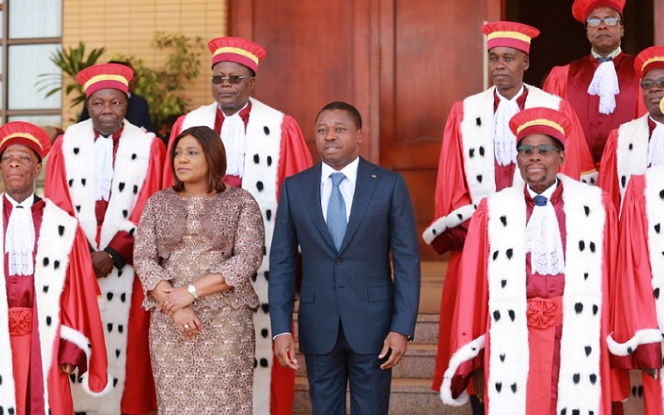 Togo : sept des neuf nouveaux membres de la Cour constitutionnelle ont pris fonction. © DR