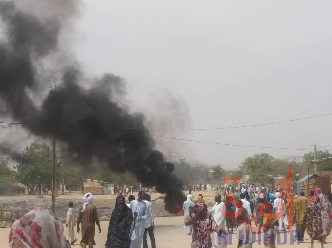 Tchad : populations en colère et motos brûlées à Abéché. © Alwihda Info
