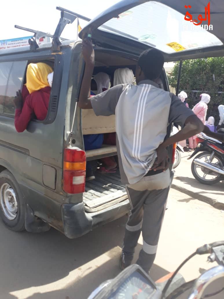 Tchad - Covid-19 : le Gouvernement suspend les transports en commun. © Alwihda Info