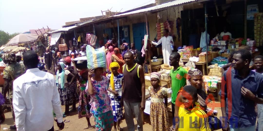 Tchad - COVID-19 : à Pala, le gouverneur sur le terrain pour le respecte des mesures. © Foka Mapagne/Alwihda Info