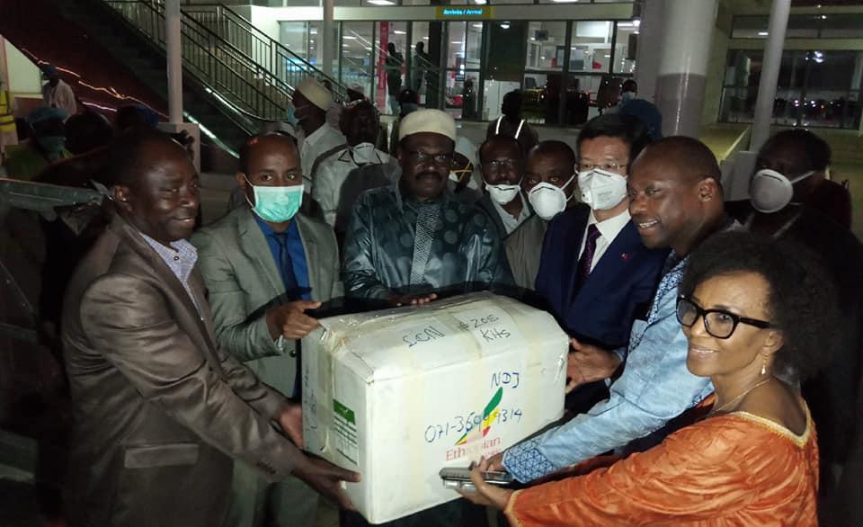 Covid-19 : Le Tchad réceptionne un important don en provenance de Chine. © DR/Min.SP