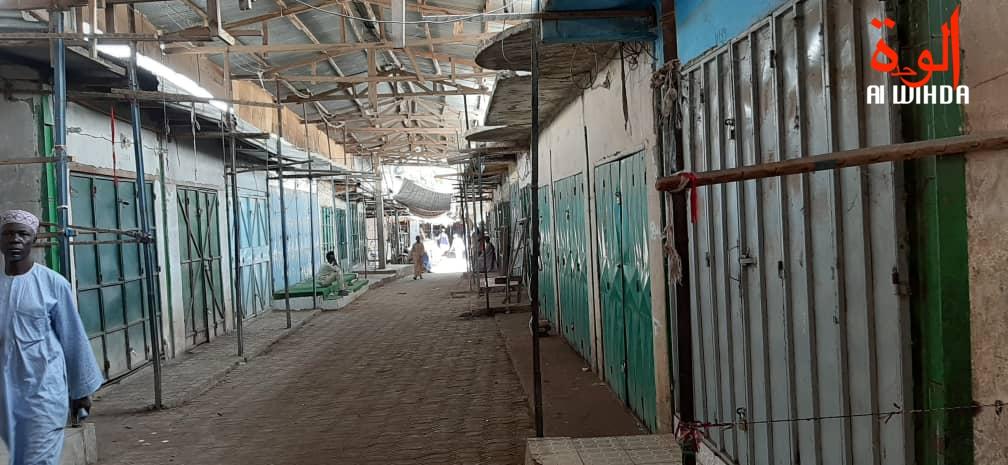 Les commerces non alimentaires du grand marché de N'Djamena sont fermés. © Alwihda Info