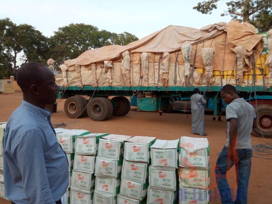Covid-19 : La Coton Tchad fait un important don au comité de veille du Logone Oriental. © Golmen Ali/Alwihda Info