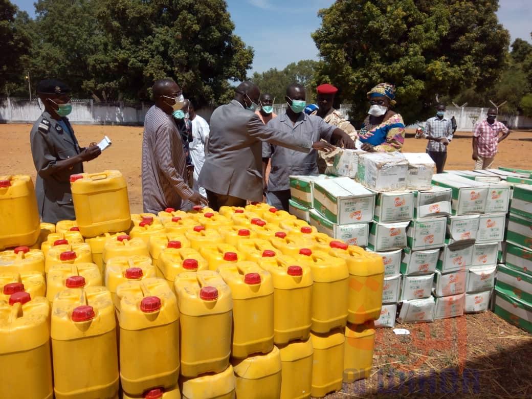Tchad - Covid-19 : à Sarh, un important don au comité provincial de veille. © Golmen Ali/Alwihda Info