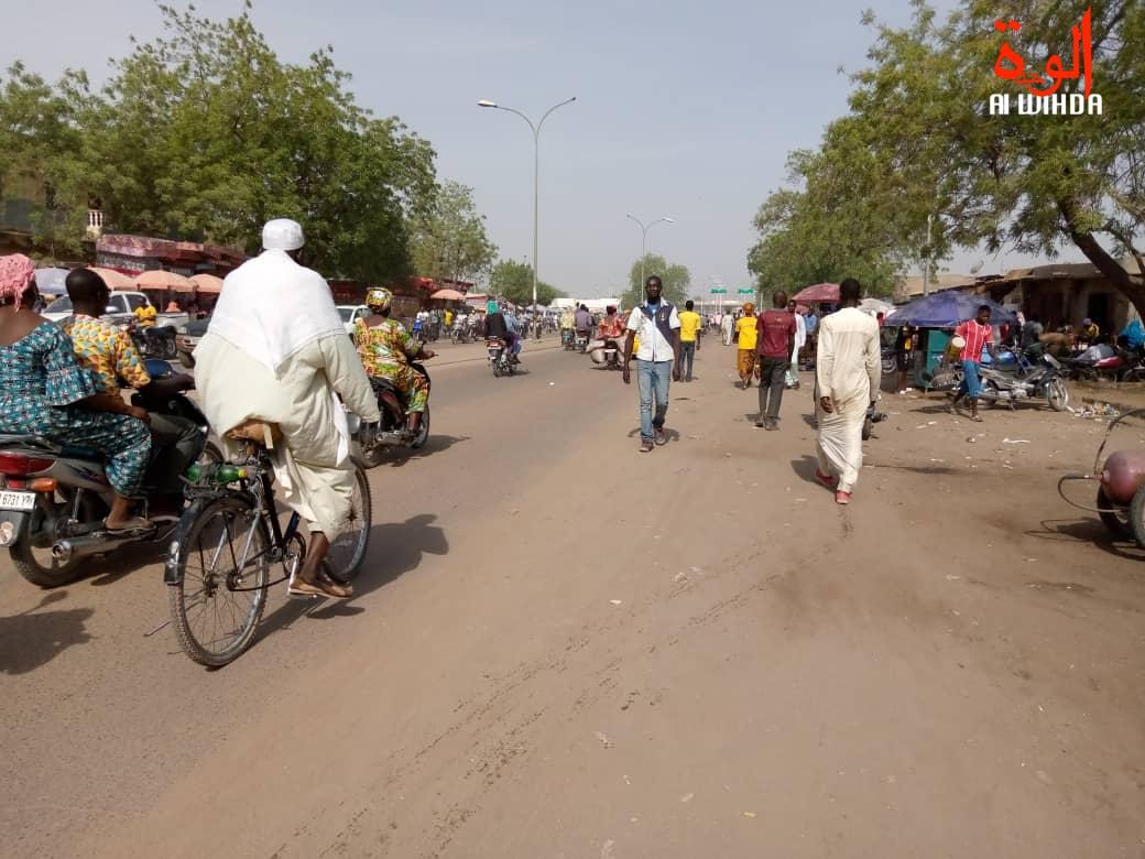La circulation dans la ville de N'Djamena. © Kelvin Mendig-lembaye/Alwihda Info