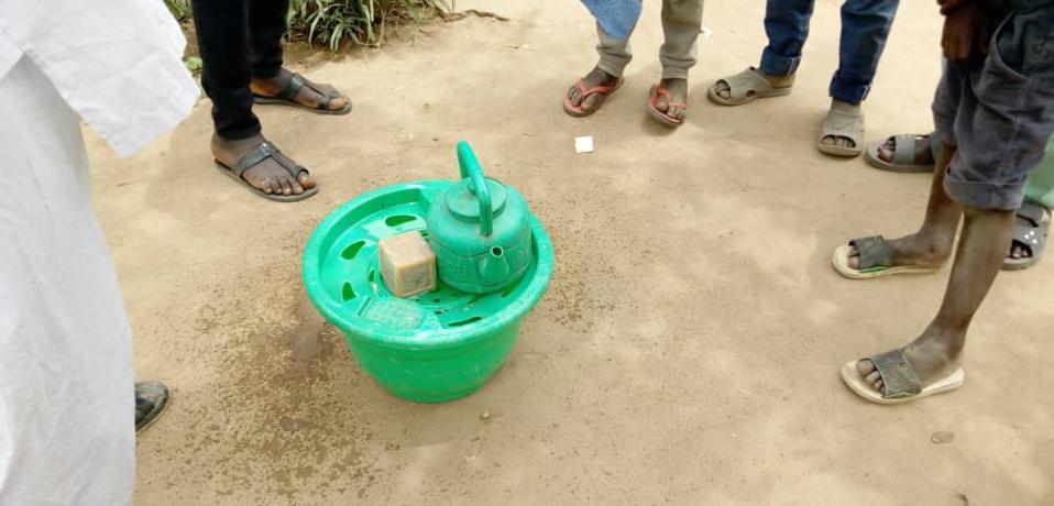 Un kit de lavage de mains à Laï. Illustration. © Éric Guedi/Alwihda Info