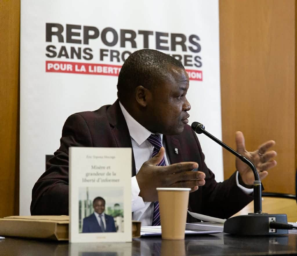 Eric Topona Mocnga, journaliste. © DR