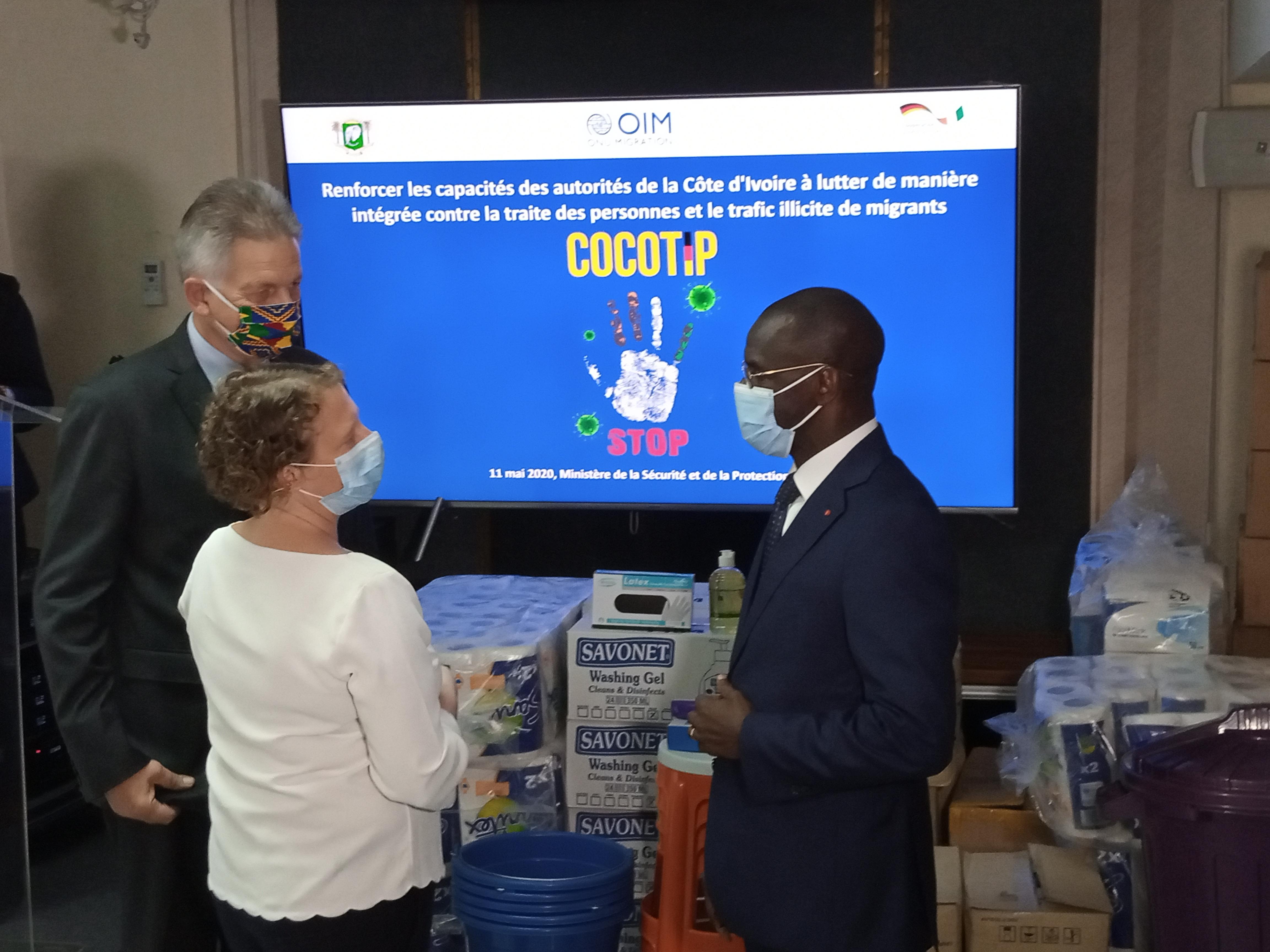 Côte d'Ivoire/Gestion du Covid-19 aux points d'entrée : L'OIM fait don d'équipements sanitaires aux agents des postes frontaliers terrestres