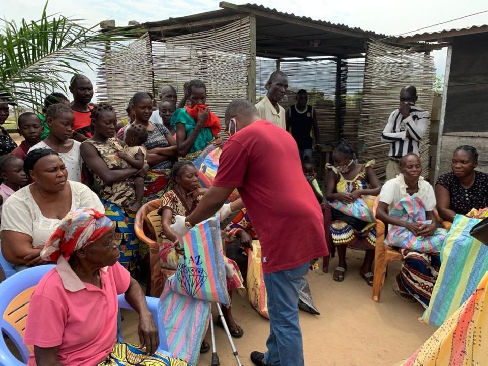 Congo-Déconfinement : le député Brice Dimitri Bayendissa exhorte ses mandants congolais à vivre avec le COVID 19 en toute responsabilité.