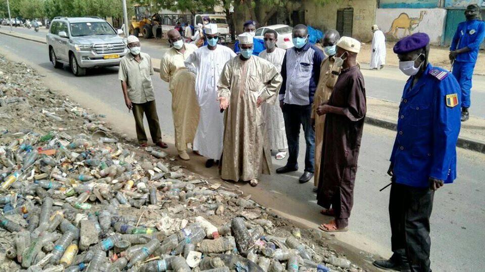 Tchad : déchets dans les caniveaux, le maire de N'Djamena dénonce un incivisme caractérisé. © DR/Mairie NDJ