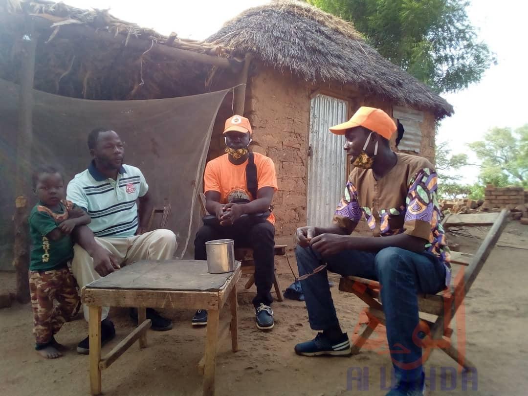 Tchad - COVID19 : au Lac-Léré, les jeunes de l'UNDR sillonnent 85 villages. © Foka Mapagne/Alwihda Info