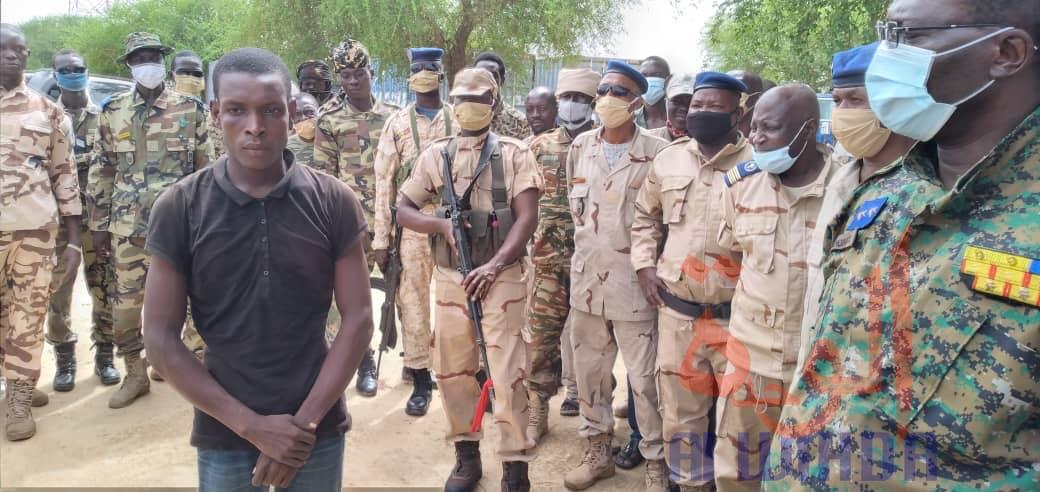 Tchad : un homme déguisé en femme arrêté par la gendarmerie. © Aristide Djimalde/Ben Kadabio/Alwihda Info