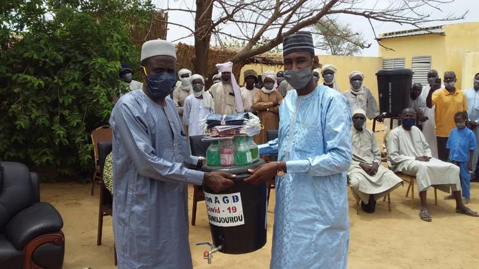 Tchad - COVID-19 : à Koundjourou, le groupe AGB apporte son appui aux élèves
