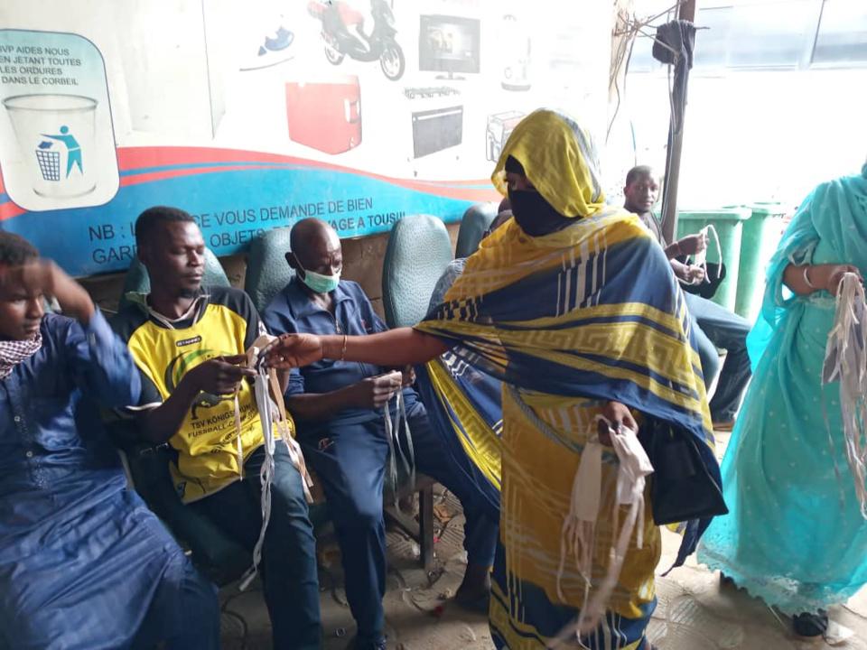 Tchad - Covid-19 : face au relâchement, la sensibilisation s'intensifie à N'Djamena. ©Abakar Chérif Hamid/Alwihda Info