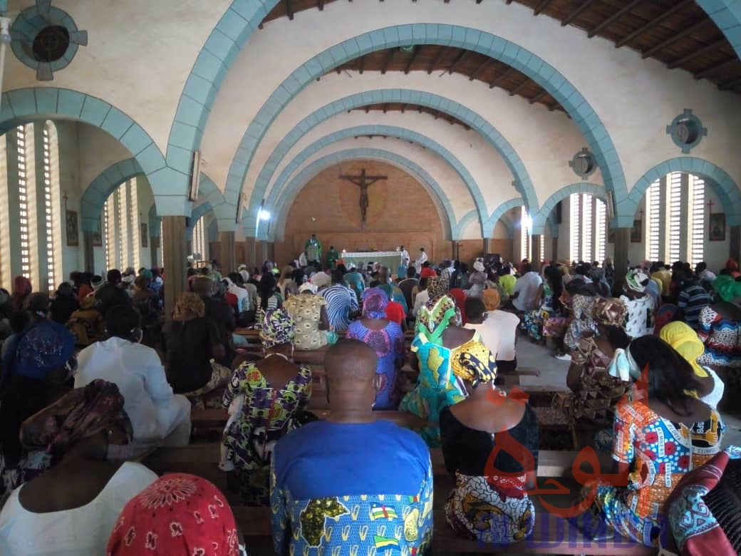 Tchad : à Koumra, la messe reprend pour les chrétiens catholiques, après trois mois d'interruption