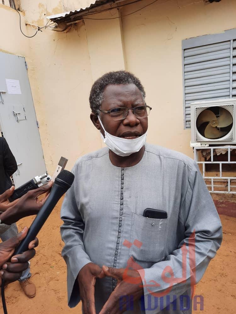 Le défenseur des droits de l'Homme et secrétaire général de la Convention tchadienne de défense des droits de l'Homme (CTDDH), Mahamat Nour Ibedou. © Djimet Wiche/Alwihda Info