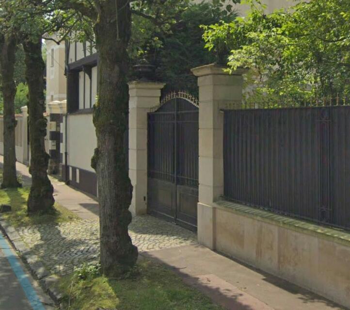 Au 52 rue Albert 1er St-Maur-des-Fossés: objet des soupçons de malversations financières.