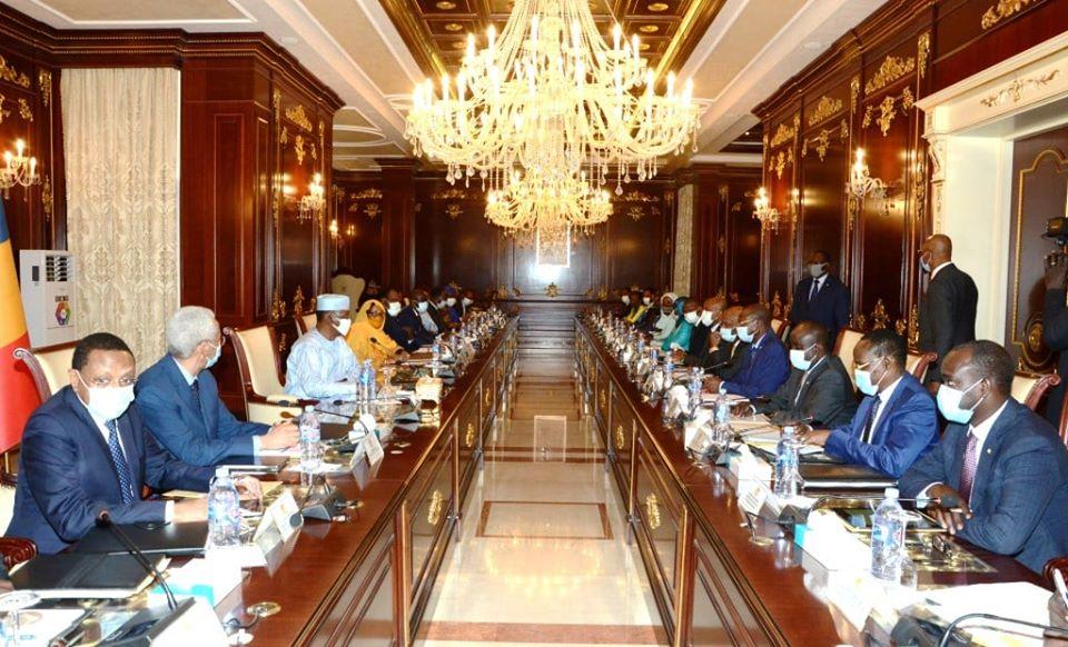 Un conseil des ministres du gouvernement du 14 juillet 2020 à N'Djamena, au Tchad. Illustration © PR